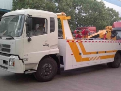 Dongfeng 8 ton heavy tow truck