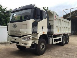 faw J6P 6X4 dump truck with 10 wheels