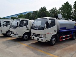 Dongfeng 6000 Liters Water Tank Truck