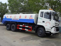 dongfeng 6x4 25000 liters water tank truck