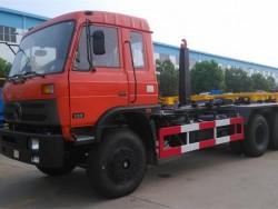 Dongfeng 6x4 hook refuse vehicle