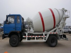 Dongfeng 4*2 Mixing Truck 5 Cubic Meters concrete mixer truc
