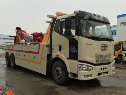 FAW 6x4 left hand wrecker tow trucks cheap tow truck