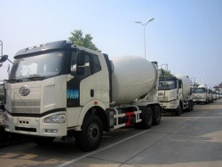 6x4 10 Wheel 14 Cubic Meters Concrete Mixer Truck